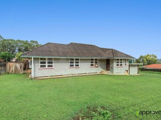 View profile: 3 BEDROOM ACREAGE IN THE HEART OF THE CAPALABA