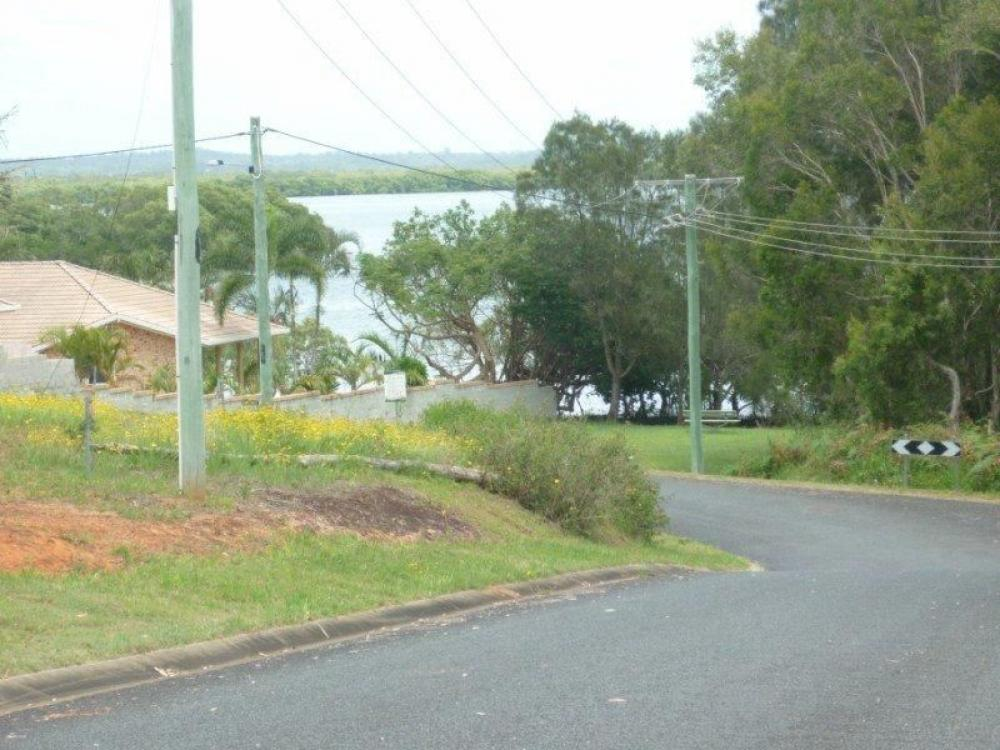 CLEAR LAND - WATER VIEWS - SEALED ROAD