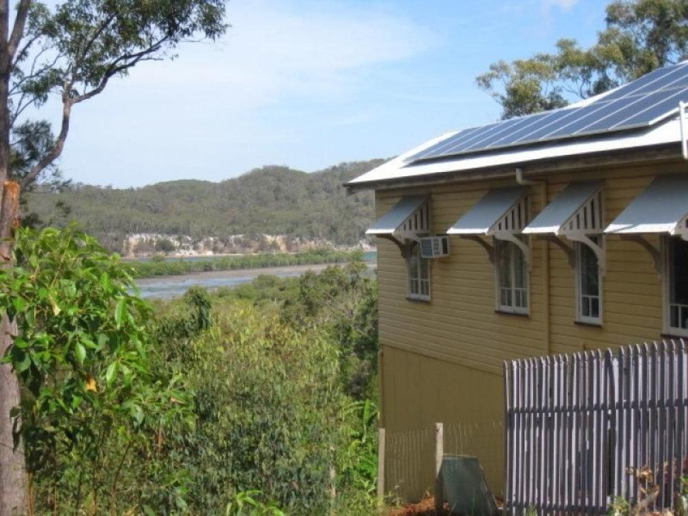 High on a hill with Easterly Water views towards Nth Stradbroke..!!