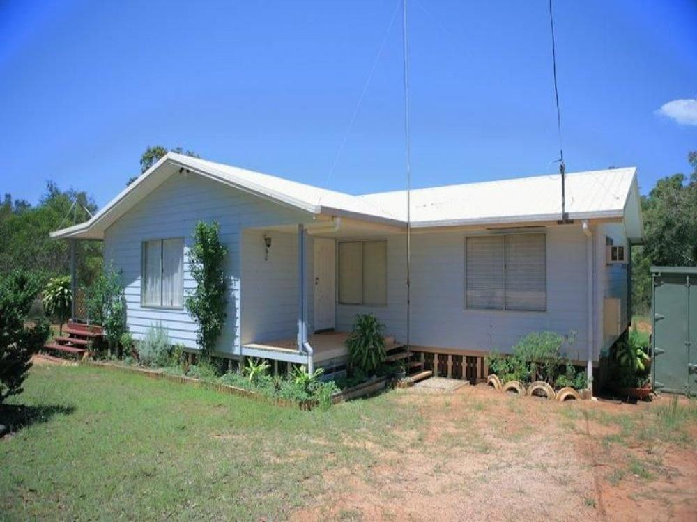 PRIVATE AND SECLUDED AT $220,000 Call Justine 0400 495 239