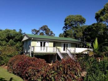 View profile: North Eastern side of island...Water views towards Nth Stradbroke ...!!!