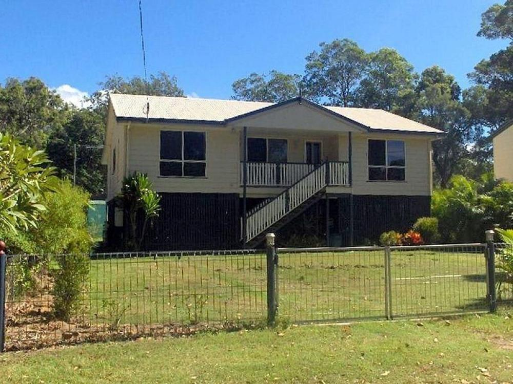Beautifully Built Home in Quiet Area REDUCED  !!
