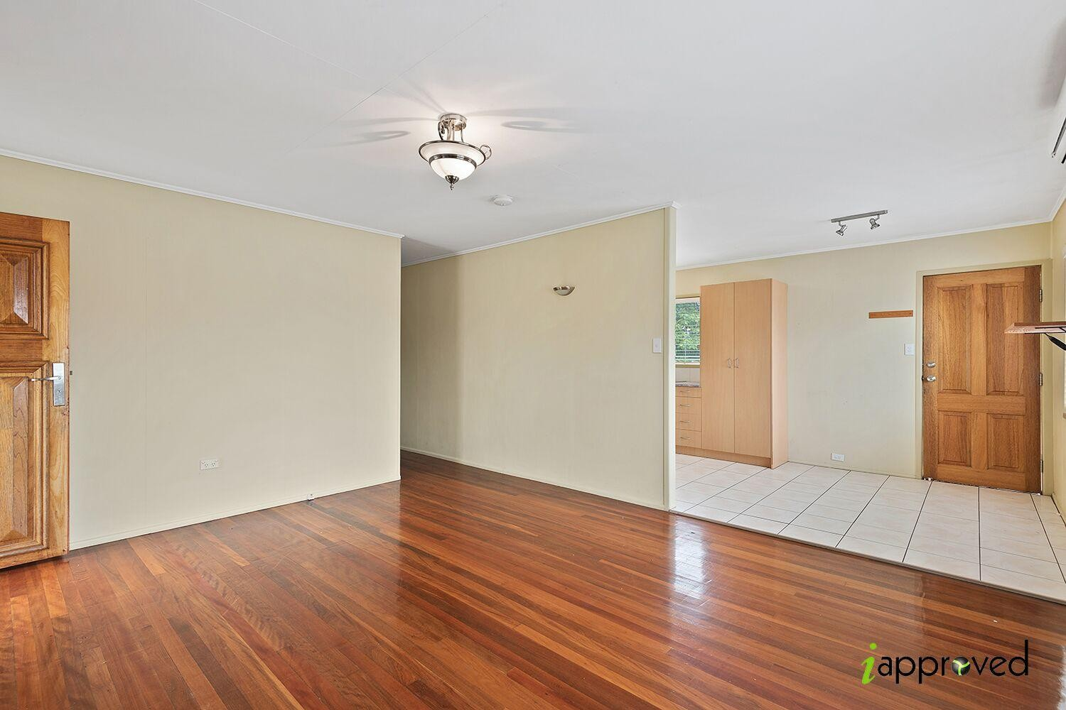 Property capalaba id 39 for The family room capalaba