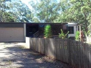 View profile: Contemporary 3 Bedroom Home with room for the Caravan! REDUCED FOR A QUICK SALE
