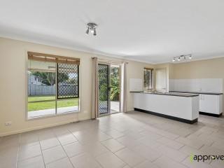 View profile: Modern 1 Bedroom - Big Backyard!