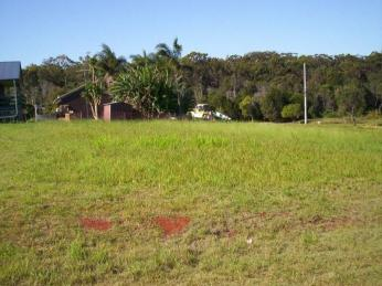 View profile: Double township block ( Over 1/4 acre )...Stroll to shops and Ferry ... !!!