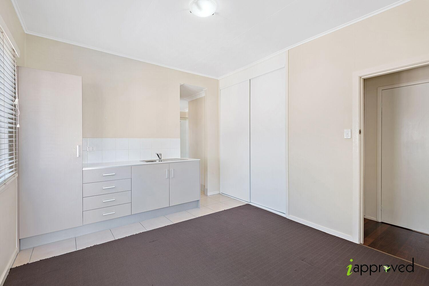 Modern 1 Bedroom, Perfect for a Student!