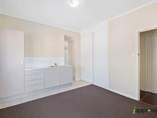 View profile: Modern 1 bedroom get in quick!!!!